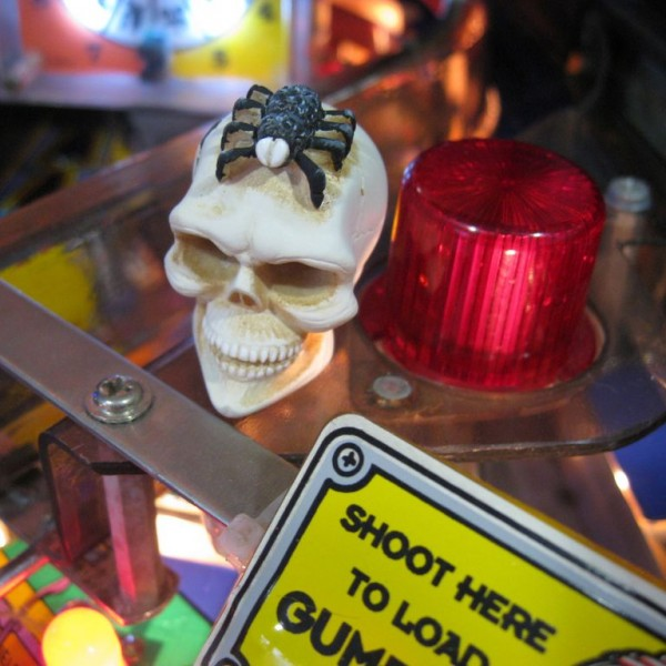 The Skull Twilight Zone Pinball mod