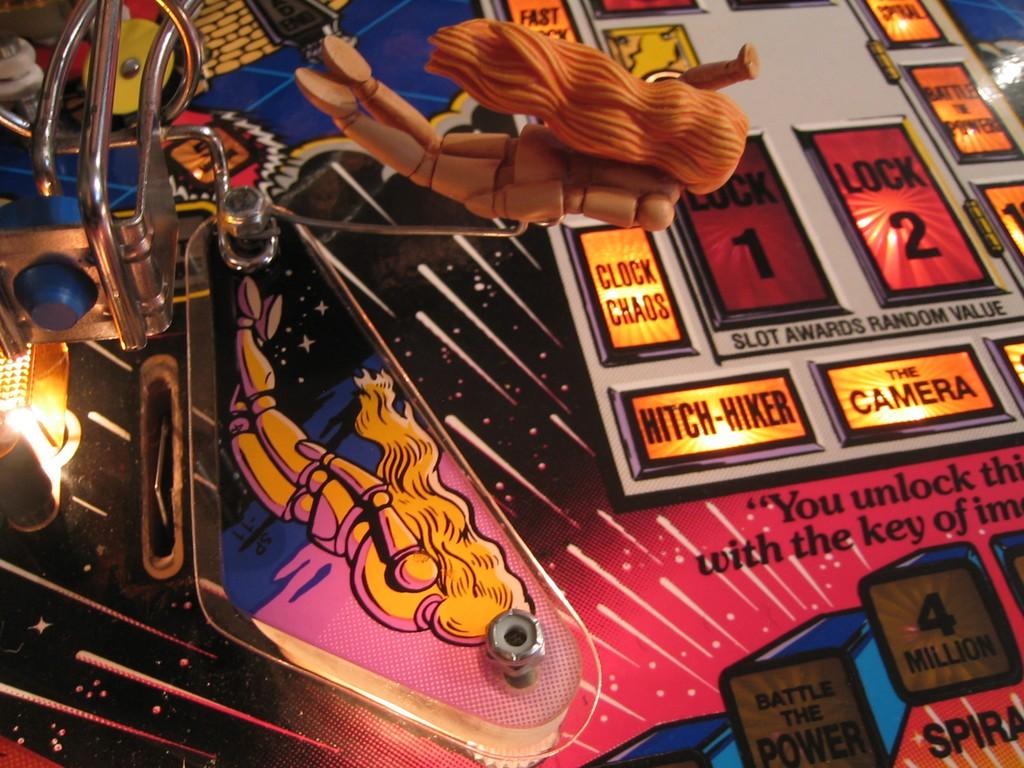 Featureless Mannequin Twilight Zone Pinball mod